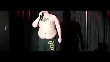 comedian kyle adams tells jokes and.