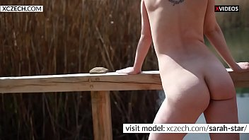 sizzling mom flashing baps and poon outdoor - xczechcom