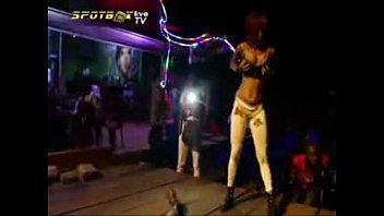 la congolaise lap dance