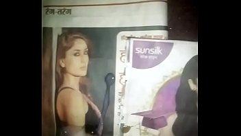 kareena kapoor extraordinaire kinks and alia bhatt sizzling.