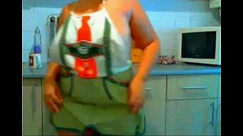 plus-size arab woman web cam -.