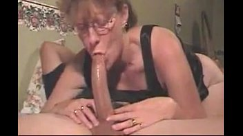 hoe mommy gargles penis amp_ gulps my blast.