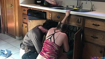 lucky plumber porked by teenager - erin electra pinch
