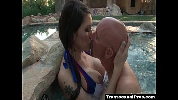 eva lin asshole licked and throated in the pool