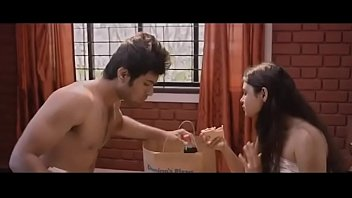 shalini pandey supah-sexy amp_ jaw-dropping romantic.