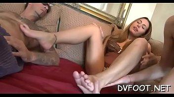 supah-hot darksome feet ate