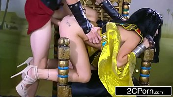 egyptian princess rina ellis enjoys meaty.