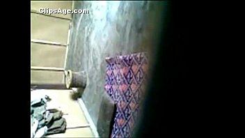 desi maid boinked on floor