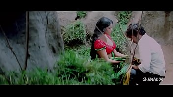 supah-hot romantic saree removal in jungle.