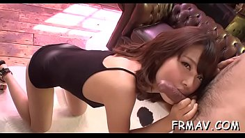 overwhelming chinese dazzles with luxurious oral-stimulation.