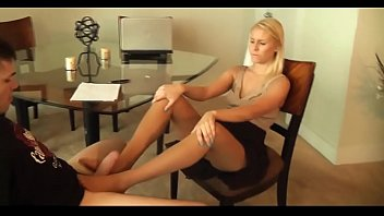 nylon foot jack - ash-blonde real estate agent.