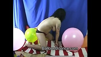 balloon bounce supah hot