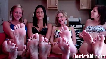 four nymphs take you to foot.