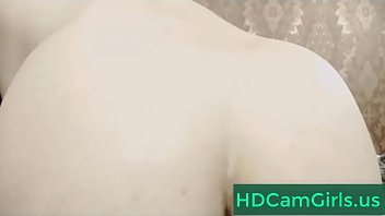 brown-haired damsel flash furry vag on web cam.