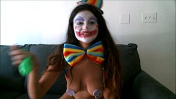 yesenia the clown gargle to pop
