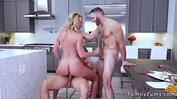 boss039_s step daughter-in-law consoles father and mommy passion.