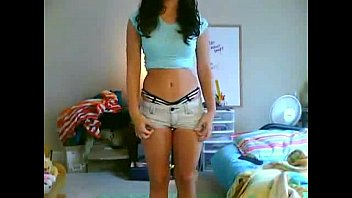 marvelous ebony-haired knows how to budge
