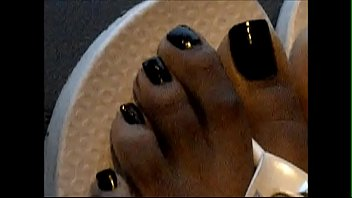 spandex hood cougar dark-hued toenails