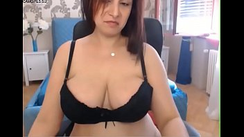cougar honey with monstrous cupcakes-camgirlssu