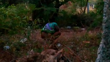 indian maid aunty pissing outdoor-2