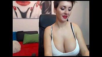 extraordinaire monstrous titties talk lady