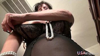 usawives slender lusty mature gonzo style.