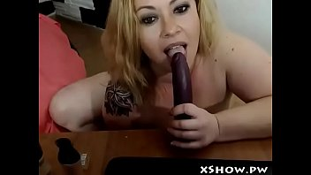 nice chunky superslut stroking on cam