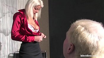 blond german mature tramp cuckold on her spouse.