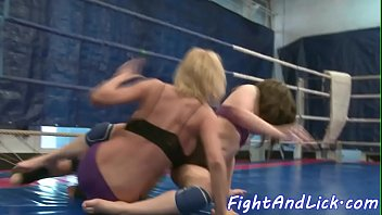 grappling les ultra-cutie fisted by her.
