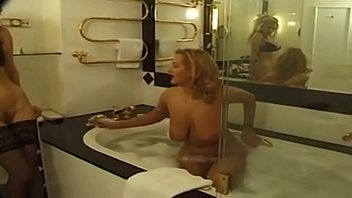 cougar lesbos rubdown and dump