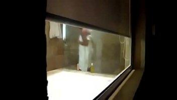 thru window i snooped my mommy in bathtub.