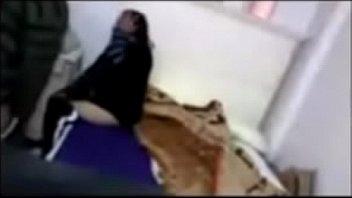 wwwfuck4teencf - egyptian technician humps real wifey covert webcam-001