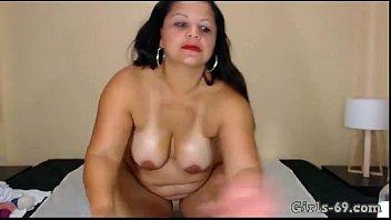 monstrous plumper tugging on web cam