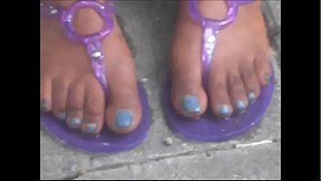 rubber hood cougar blue toenails