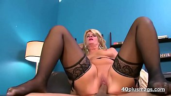 blondie cougar screwed in splendid underwear