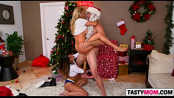 sneaky santa screws mummy alexis fawx.