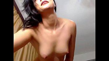 beautiful inexperienced bare undress taunt