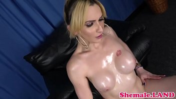 solo transsexual debutante shoots a explosion stiff after tugging