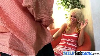 sarah blake supah-steamy bi-atch cougar get ultra-kinky on.