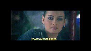 emran hashmi smooching dia mirza
