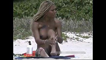 candid nude naturist teenie backside on the public beach