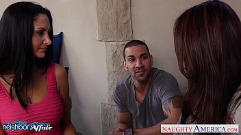 warm neighbors ava addams and raylene slurp vaginas.