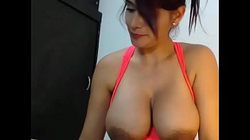 ebony woman poon jerking on webcam