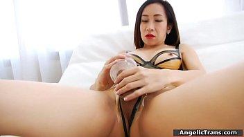 fantastic ladyboy drills penis with fleshlight