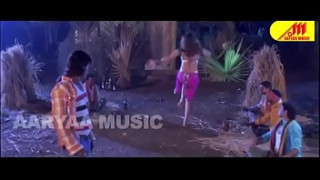 desimasalaco - crazy sapna gigantic cleavage flash item song