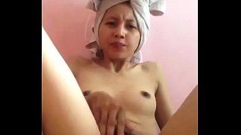 malay female self wank