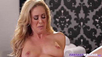 fighting with mummy - cherie deville.