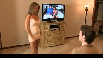 hotwiferio suntanned mommy catches sonny draining.