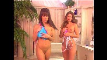supah-hot bod - sizzling bikinis and less p4.