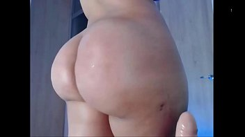 ample bootie latina taunts on web cam - bootycamsnet